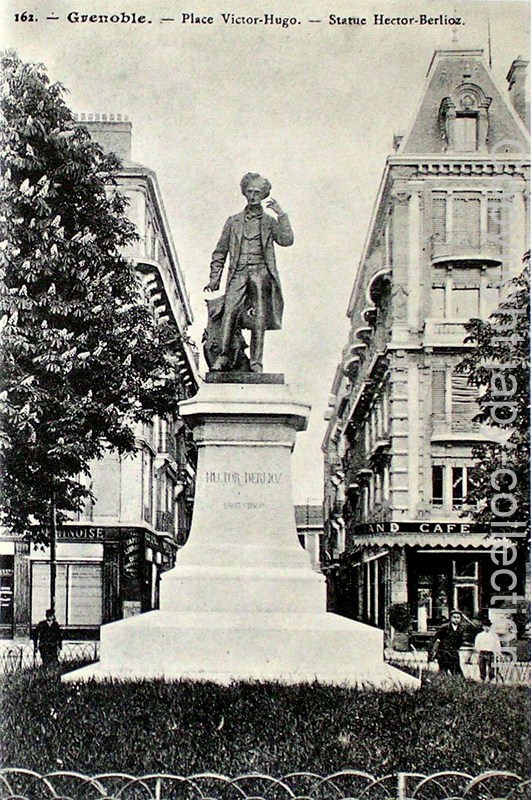 162. Grenoble.- Place Victor-Hugo.- Statue Hector Berlioz